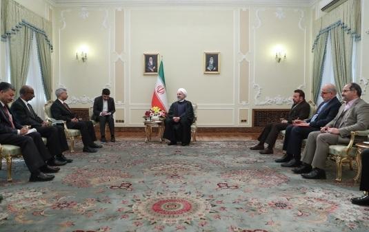 روحانی: آمریکا ناگزیر است از فشار حداکثری بر ایران دست بردارد ، شرایط سخت کنونی به انتها خواهد رسید